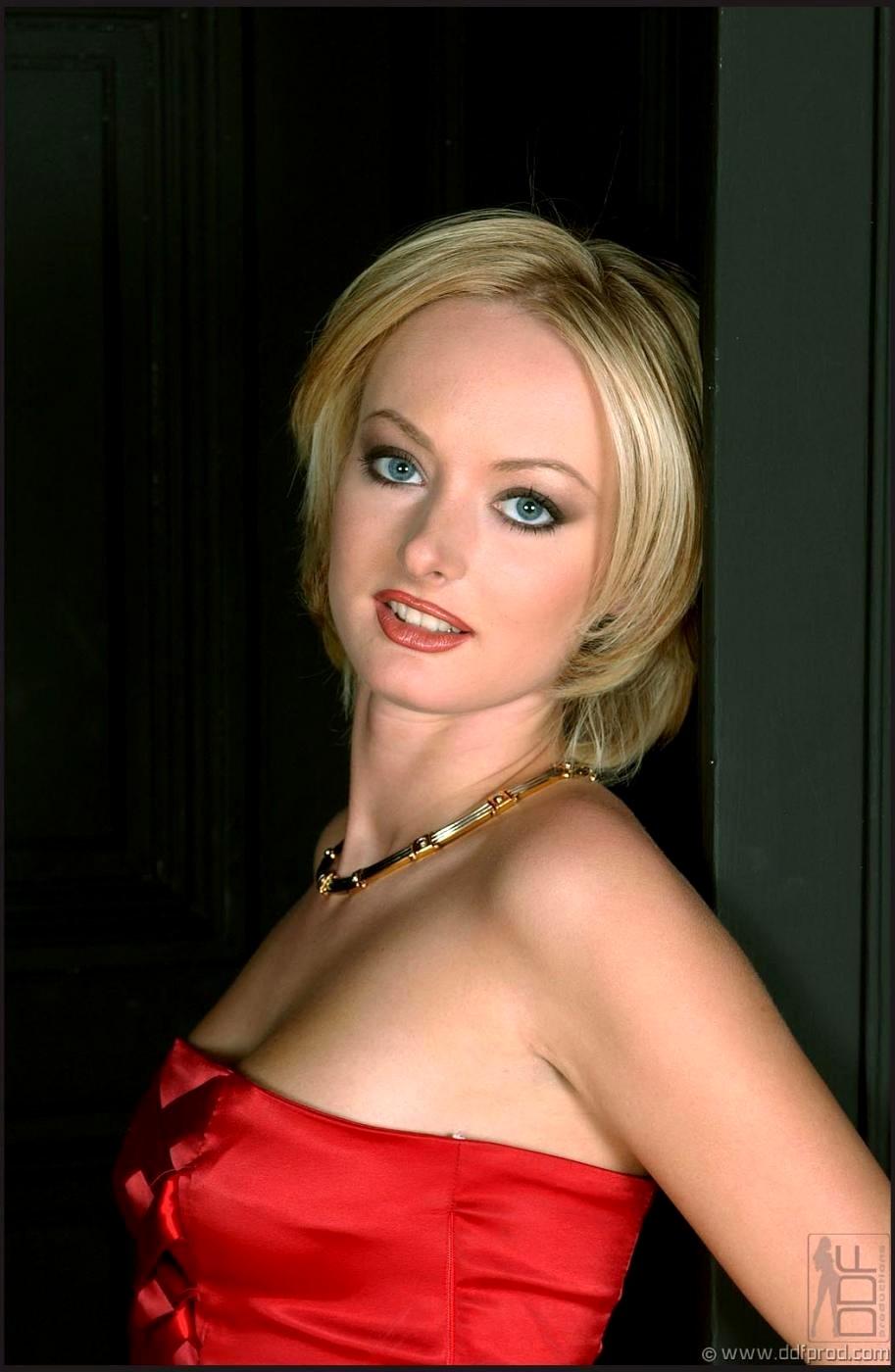 Blonde melissa lauren pics #2