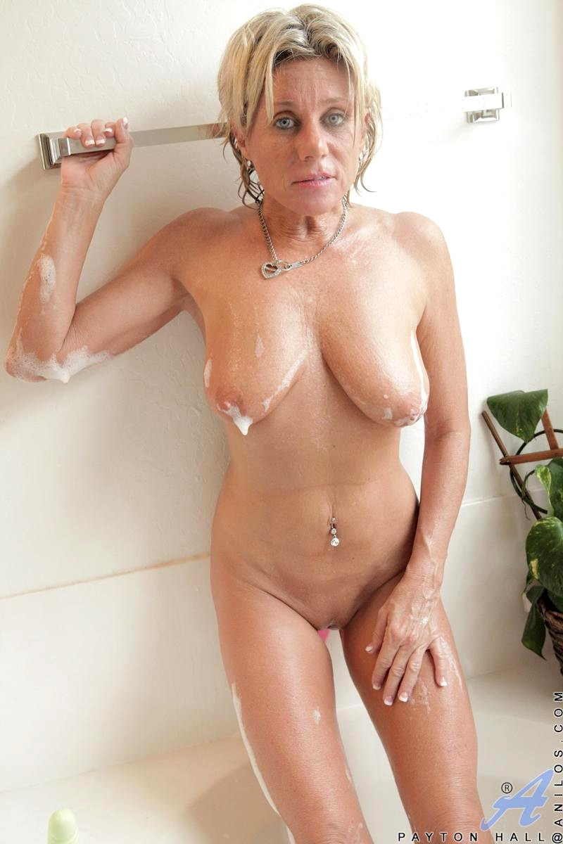 xxx.tamil huse wife auntes. com