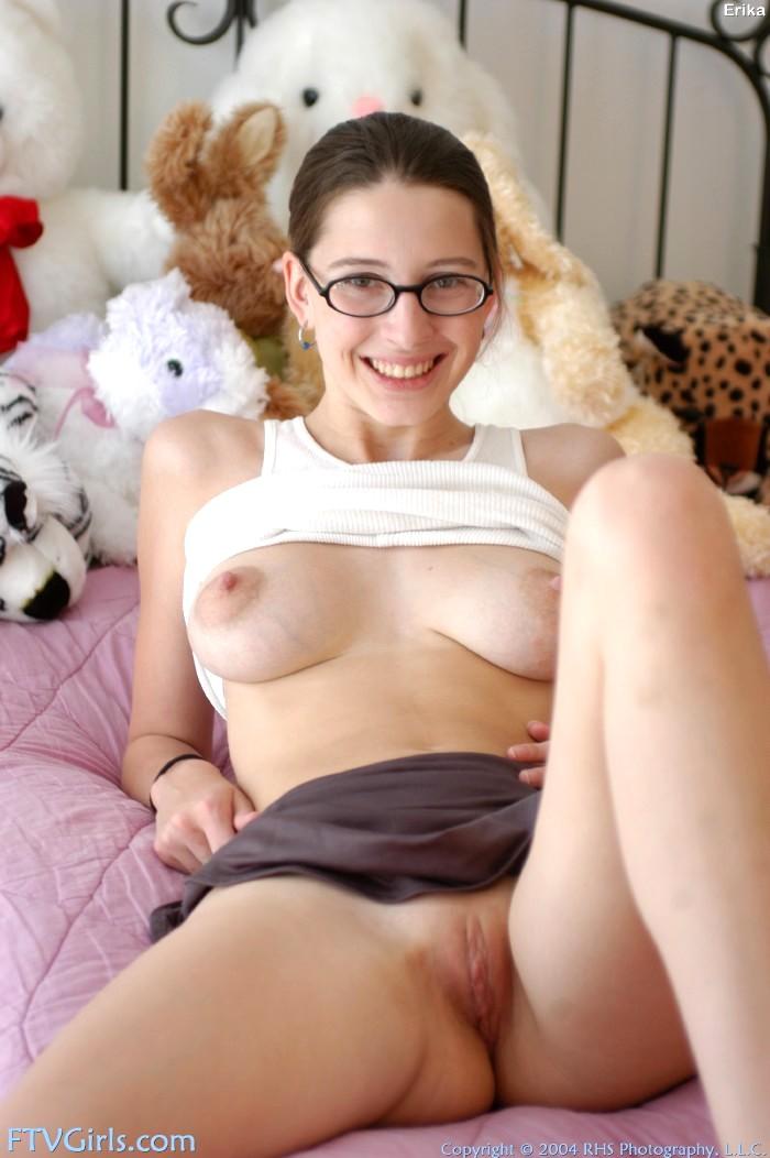 Female celebs nude movie scenes