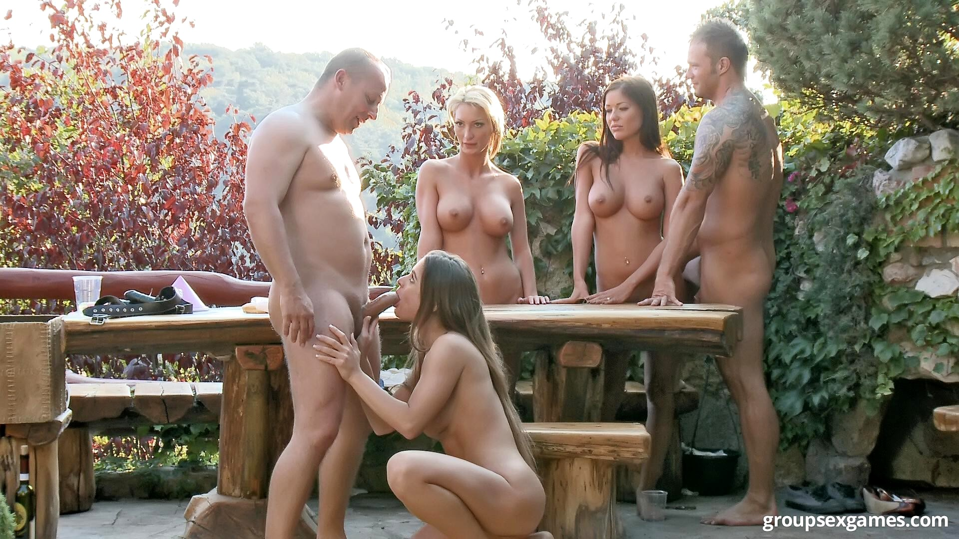 free group sex games
