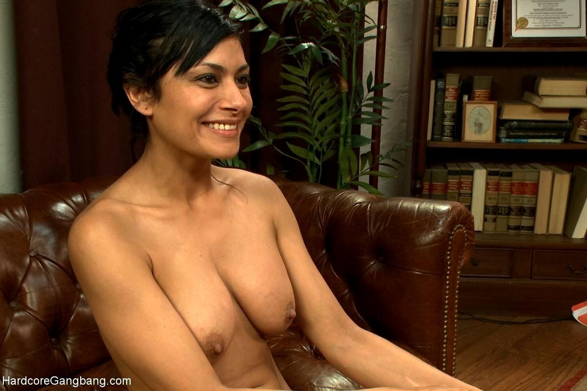 Showing porn images for celebrity lesbian asian porn