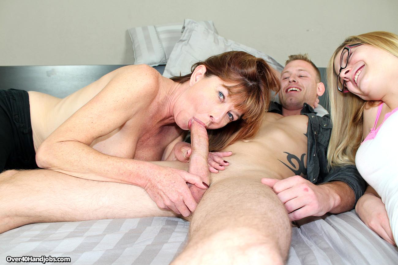 Секс рассказы мать сосет, Порно рассказы по теме: «рассказ мама сосет сыну» 22 фотография