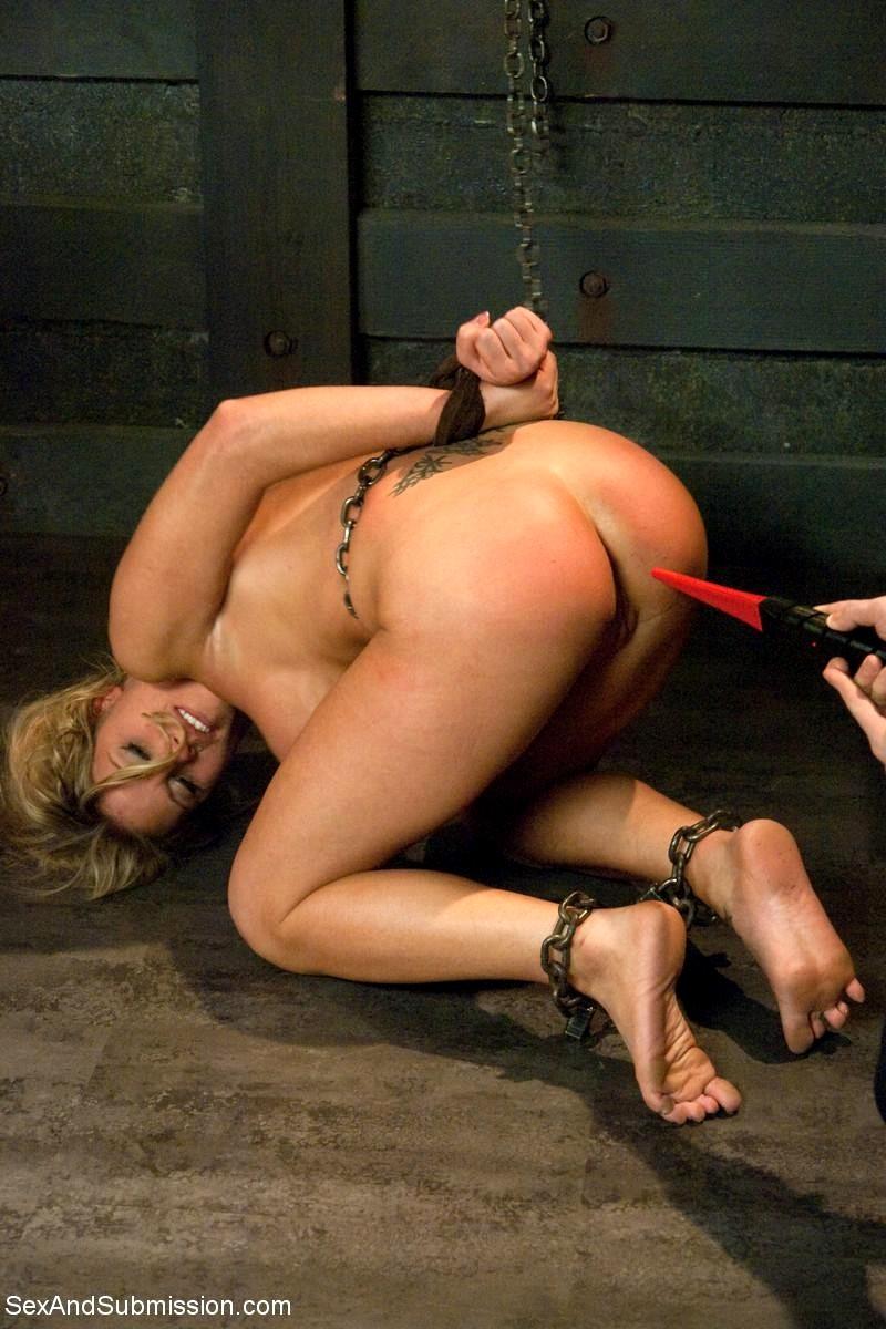 Deep throught bondage-3666