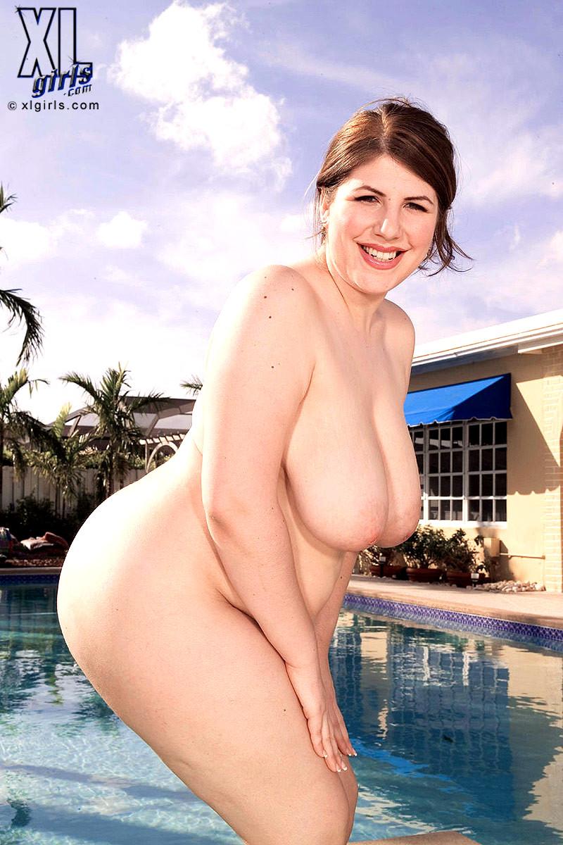 Angalina Jolie Pregnant